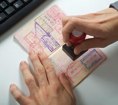 Engelstalige verklaring voor verplichte reisverzekering of visum